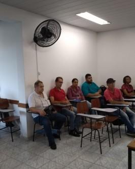 CURSO DE QUALIFICAÇÃO PROFISSIONAL - Foto 6